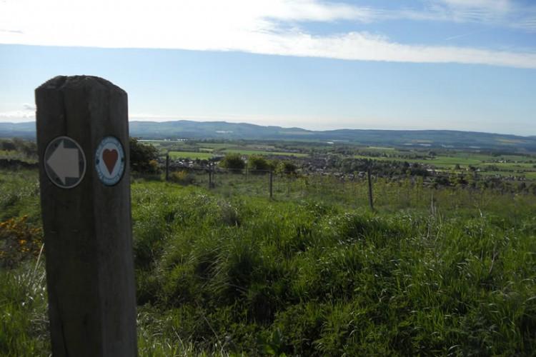 Cateran Trail going past Kirklandbank